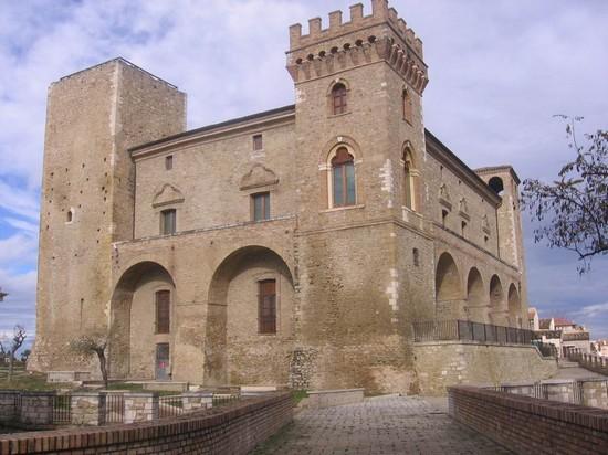 CASTELLO DUCALE E MUSEO BIZANTINO (CH)