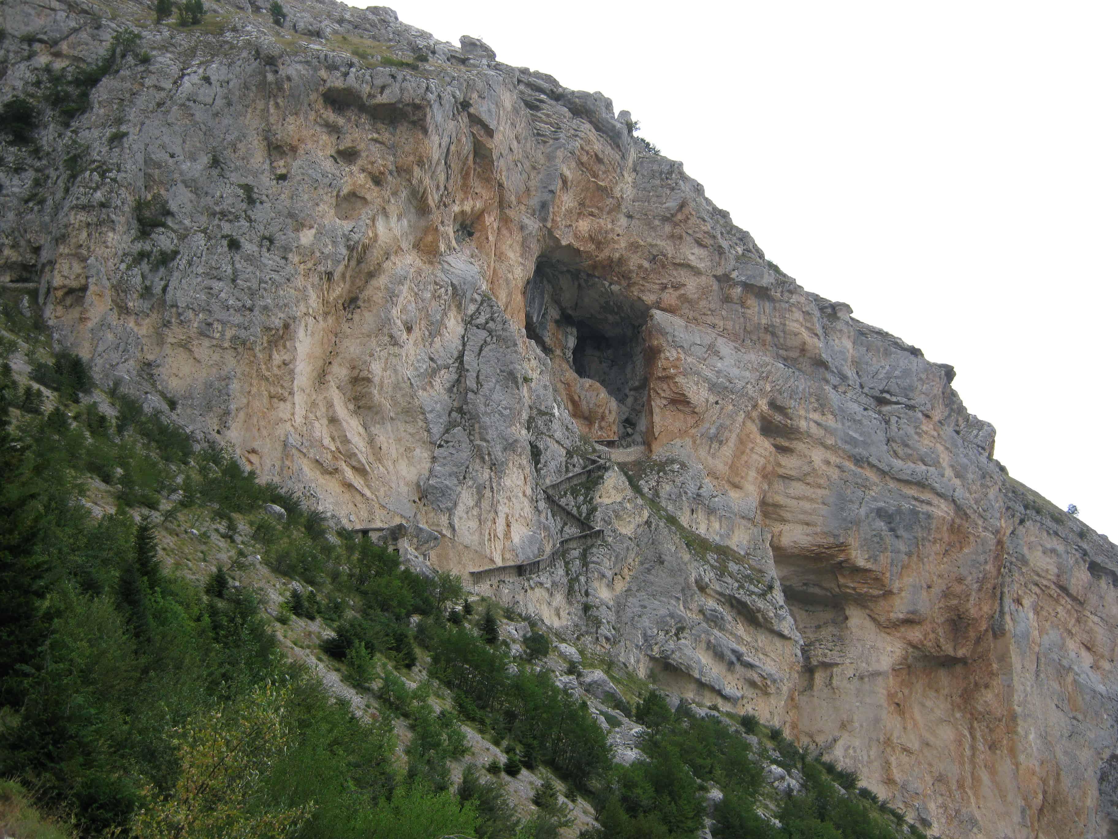 grotta del cavallone dalla alto
