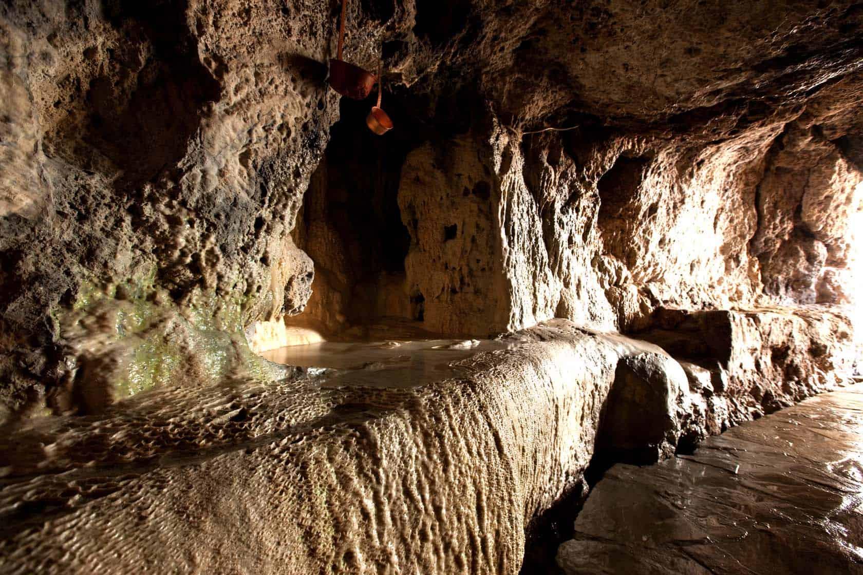 grotta del cavallone le sale sotterranee
