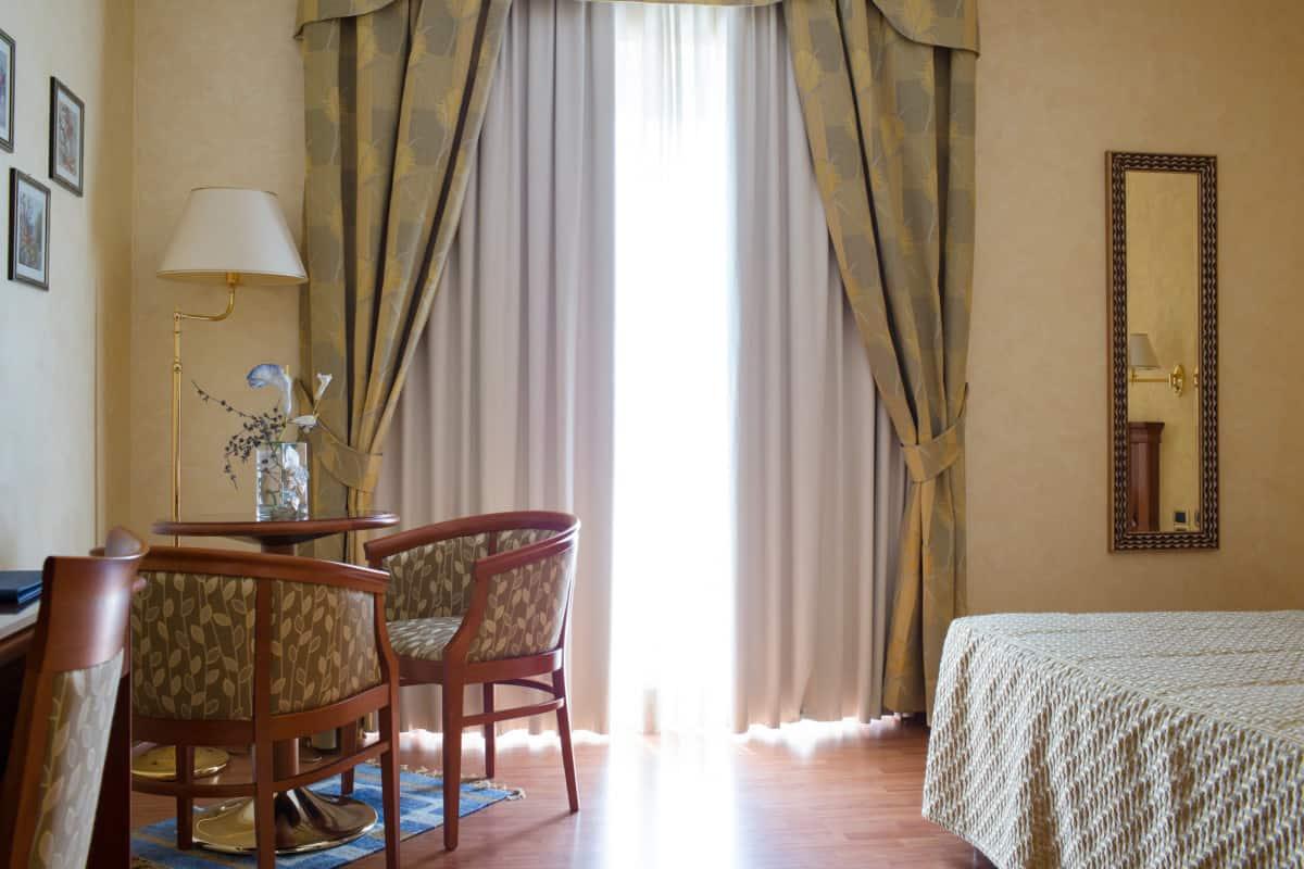 Camere spaziose e luminosa